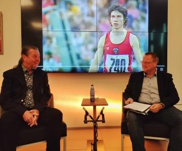 VIDEO! Olümpiavõitja Jaak Uudmäe kolmikhüpped spordis ja elus
