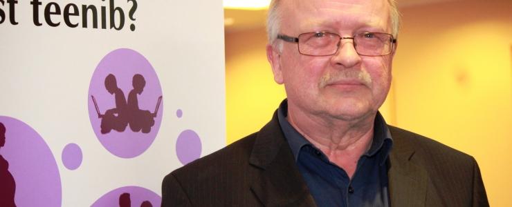 Meditsiinidoktor Matti Maimets: riigile pole HIV prioriteet - Eestis suremus kasvab, mujal langeb