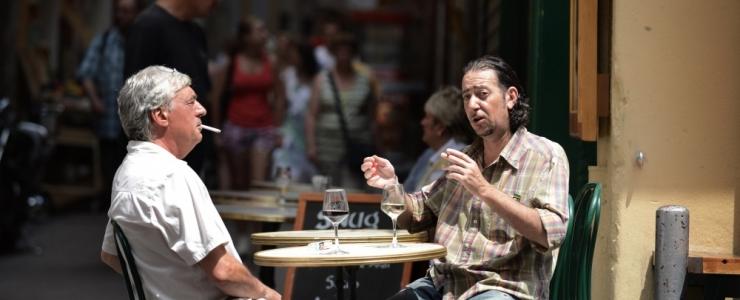 KARDAVAD KLIENTE KAOTADA: Kohvikud suitsetamise keelamisega väliterrassil ei kiirusta