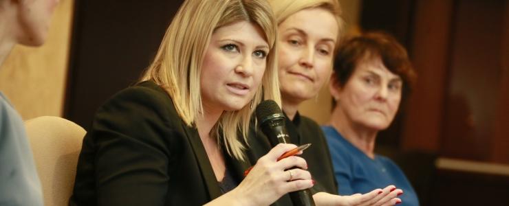 FOTOD! Rootsi naispoliitik: blokeerige ründavad trollid