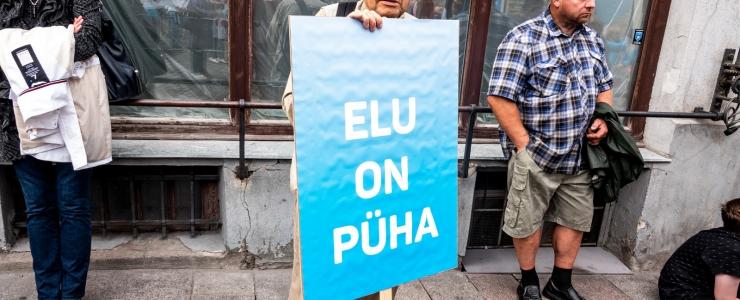 Naistearst: abortide arvu vähenemine on Eesti edulugu