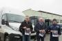 Võrumaa bussijuhid kingivad oma reisijatele helkureid