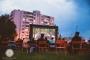 """TASUTA! """"LasnaKino"""" viiepäevane vabaõhukino programm algab dokumentaaliga linnakunstist"""