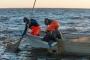 Tippkokad valmistavad kalanädalal kaitseväelastele kalaroogasid