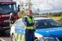 Politseinike ja päästjate palk tõuseb vähemalt 50 eurot