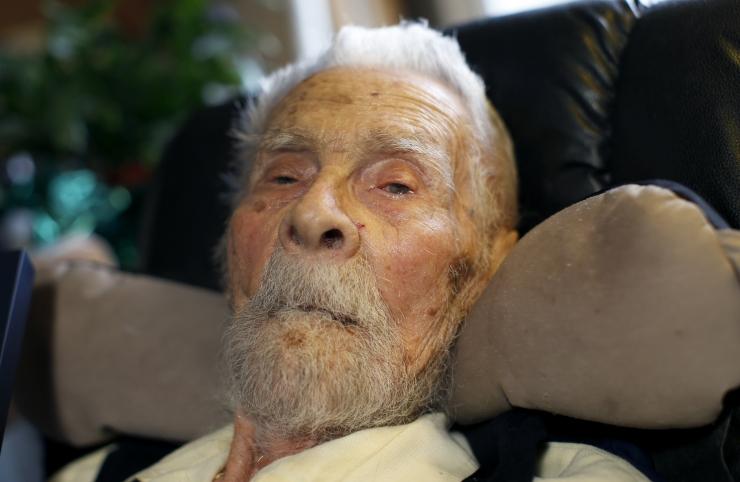 Maailma vanim mees suri 111-aastaselt