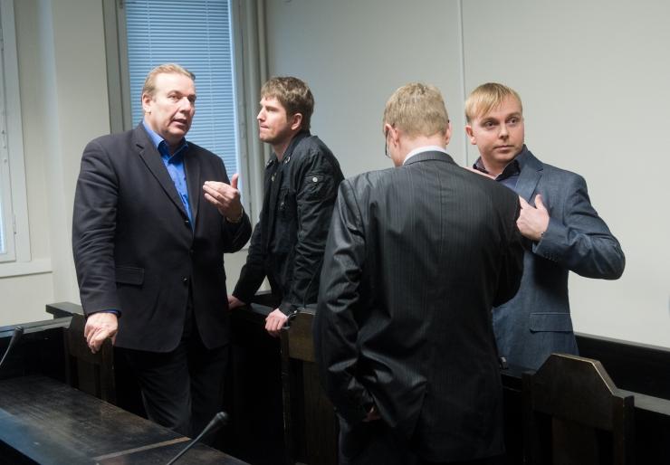 """Ringkonnakohus arutab """"jalgpallurite kokaiiniäri"""" süüasja"""