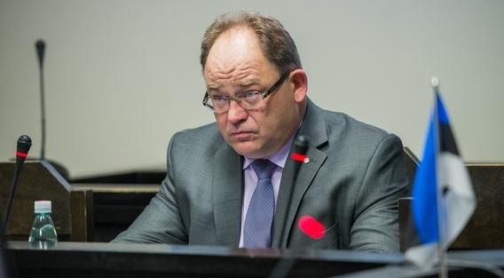 Prokurör nõuab Selile rahalist karistust