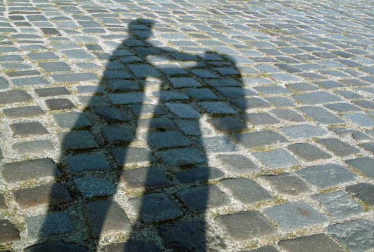 Tartumaal ründas tundmatu kurjategija noort naist