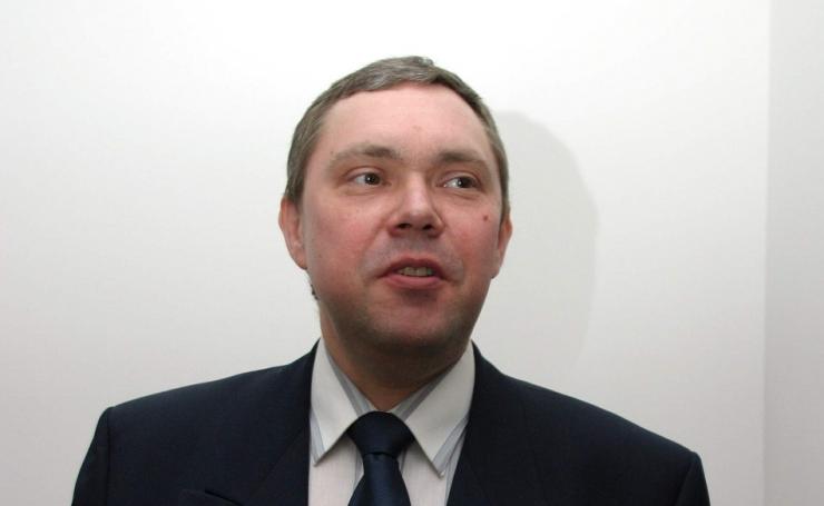 Suri helirežissöör Maido Maadik
