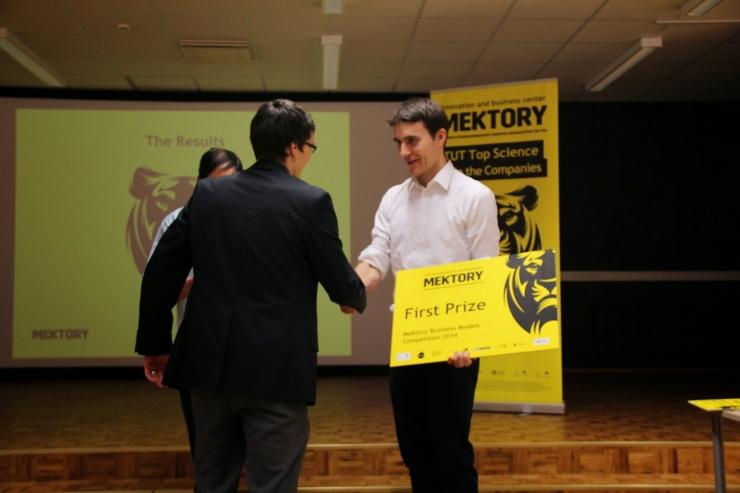 FOTOD! TTÜ Mektory ärimudelite konkursi võitja viib targa elektrivõrgu maailma