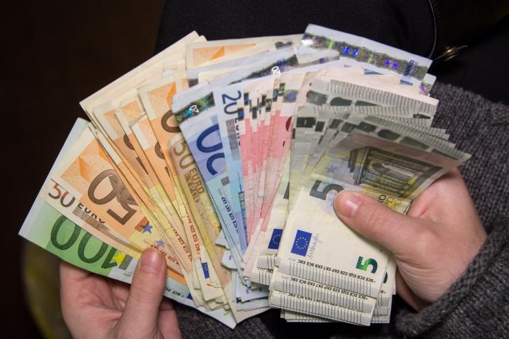 EBAÕIGLUS: Soome maksuametnik annab andeks - vahel