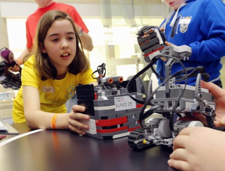 PILDID! Tallinna jõuab laste loodud LEGO-robotite võistlus