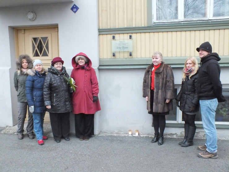 Laulja Artur Rinne kodumaja Tallinnas Kalamajas sai mälestustahvli