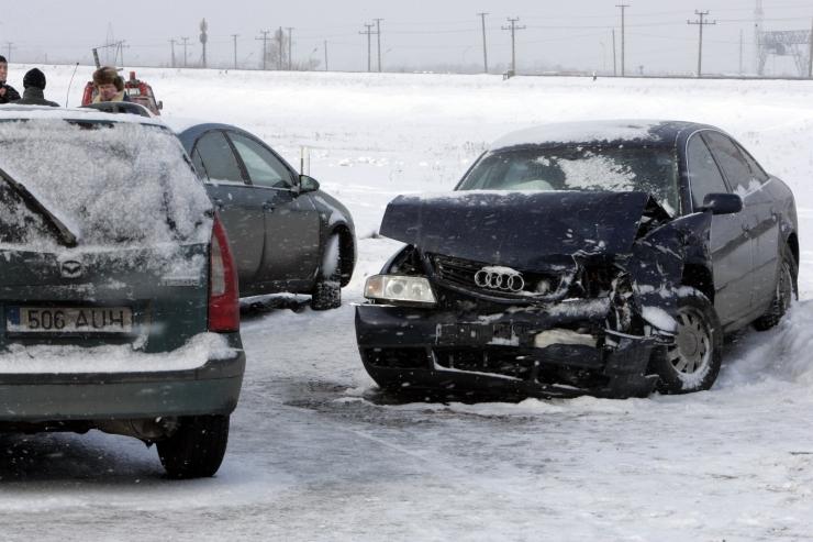 Neljas liiklusõnnetuses sai viga seitse inimest