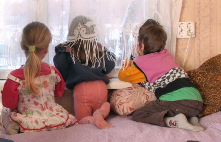 VIIE LAPSE ÜKSIKISA: rõõm lastest ületab koormused