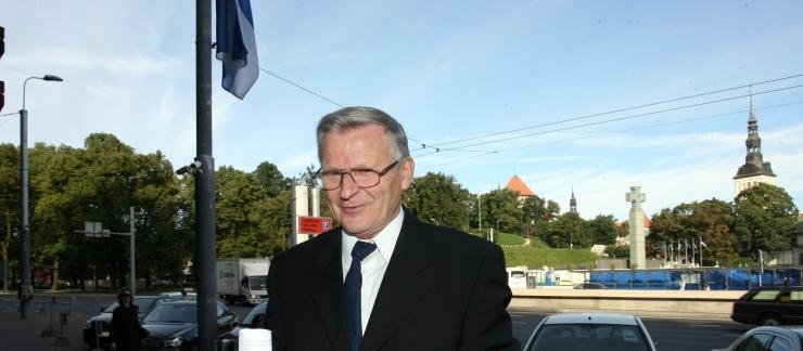 VÄINO RAJANGU: Eestist ehitatakse energeetilist kindlust, kuid rahvas elab hurtsikutes