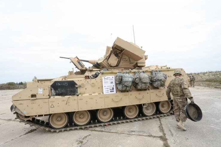 USA tankid saabusid Tapale