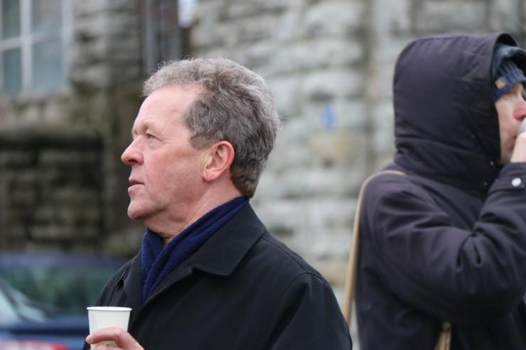 Top Geari eksjuht Jeremy Clarkson käis Tallinna uut trammi proovimas
