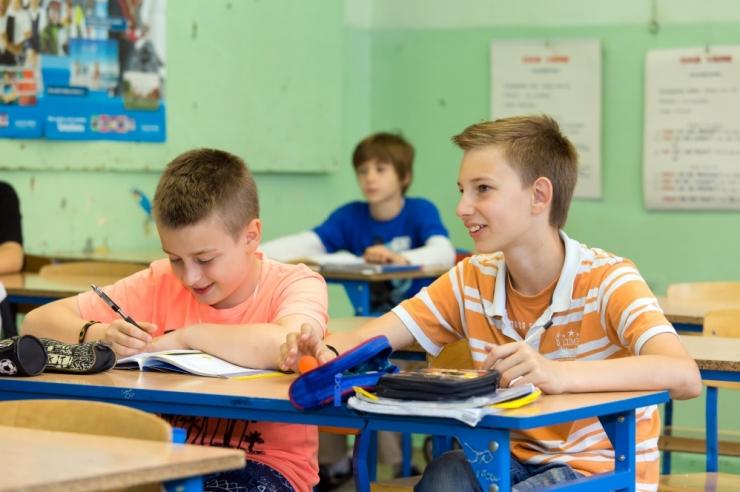 EKSPERT: Edulugude taga tunnevad õpilased end õnnetult
