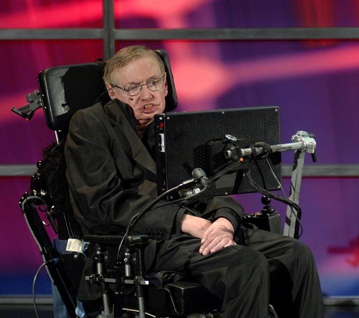 Maailma tunnustatuim kosmoloog Stephen Hawking võitleb haigekassa erastamise vastu