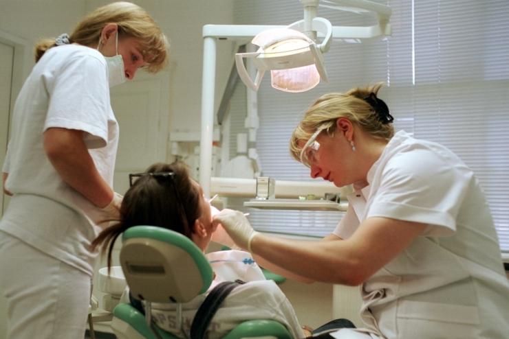 232d98ea062 Hambaarstid: haigekassa sunnib laste hambaravi hindu alandama - Kõik
