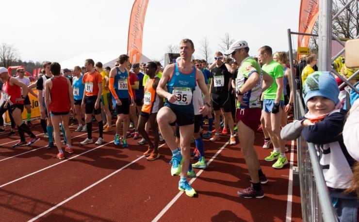 HEA ALGATUS! Noored harrastussportlased jooksevad Lastefondi toetuseks