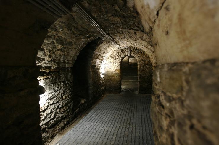Bastioni käigud kutsuvad osalema maa-alustes ekskursioonides