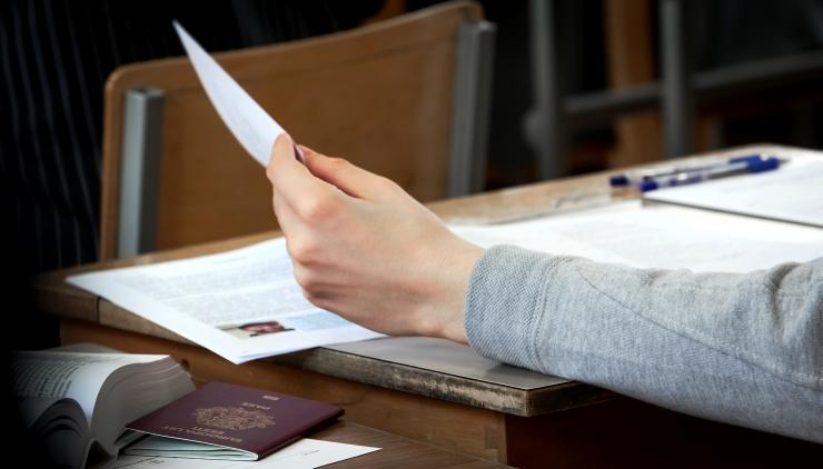 Raha eest lõputööde kirjutamine on seaduslik