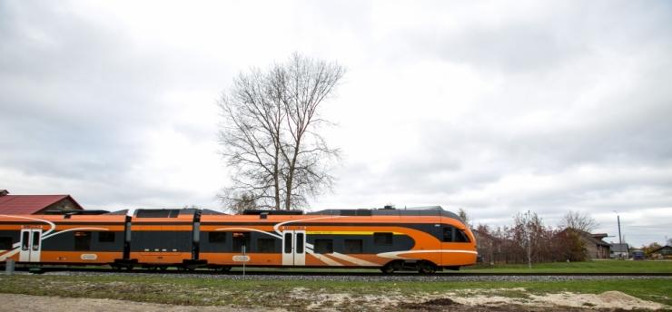 Elroni rongid võinuks eile kokku põrgata