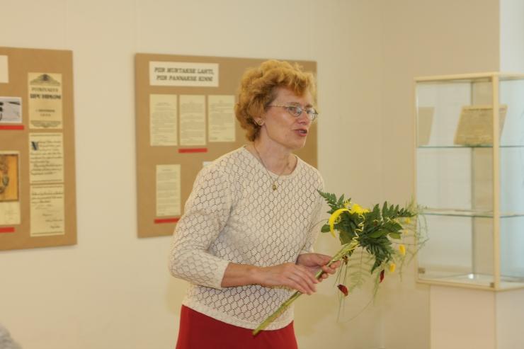 """Rahvusarhiivi galeriis avatakse näitus """"Ajakirja """"Pikker"""" karikatuurid 1957‒1995"""""""