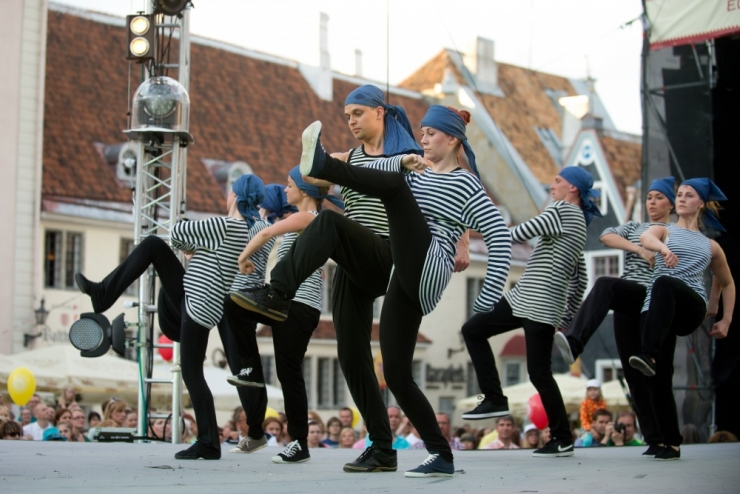 Vanalinna vallutab noortemuusika