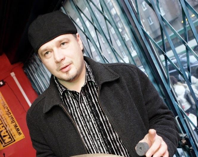 Muusik Toomas Rull põgenikekvoodist: Eesti rahvast sõidetakse teerulliga üle
