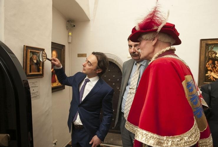 Tallinna raekoda näitab maailmakuulsate kunstnike meistritöid