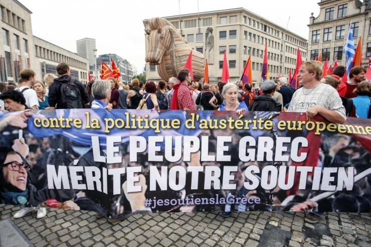 Majandusteadlane: Kreeka peaks eurotsoonist lahkuma