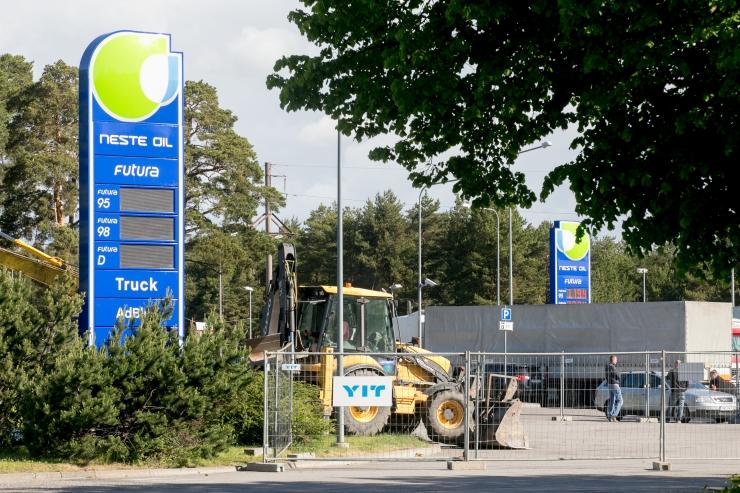 Kütusemüüjad langetasid bensiinihinda 2 senti liitrilt