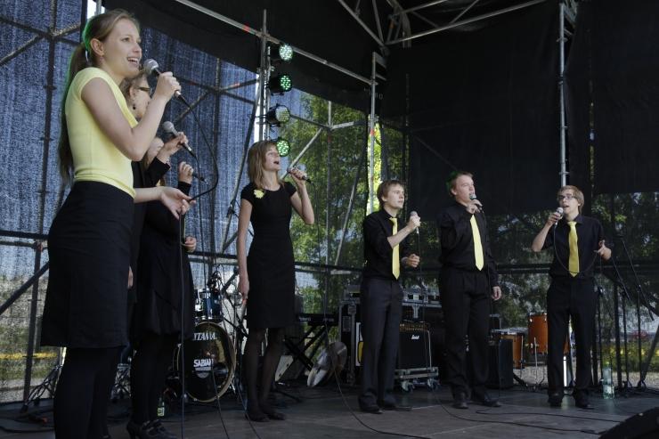 Täna kõlab Tallinnas muusikat igale maitsele – The Fewsist Polly Spane'i elektrilist energiat täis coveriteni