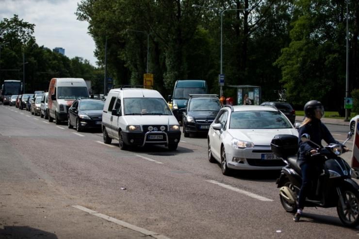 Massiüritused piiravad mitmel pool liiklust
