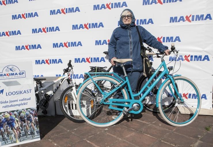 Maxima GP loosiõnn naeratas 66-aastasele daamile
