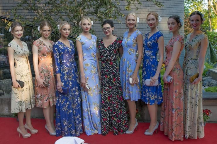 0c36cb4c2de FOTOD! Tiina Talumees tutvustas suviseid kleite! - Kõik