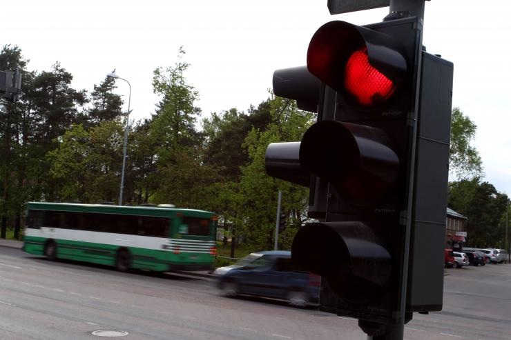 Kiirabi saab uues valgusfooris puldiga rohelise tule tellida