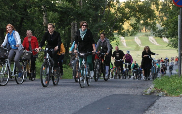 Heategevusliku rattasõiduga koguti vähihaigetele lastele üle 3000 euro