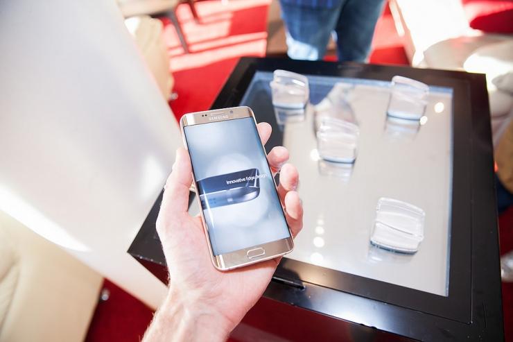Samsung lubab tasuta telefoni kahjustuste vastu kindlustada