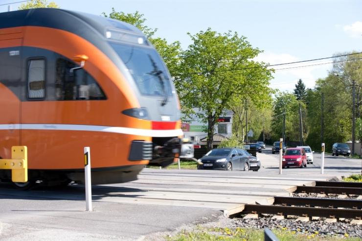 Raudteeületuskohtade rekonstrueerimine lahendaks Nõmme liiklusprobleemid