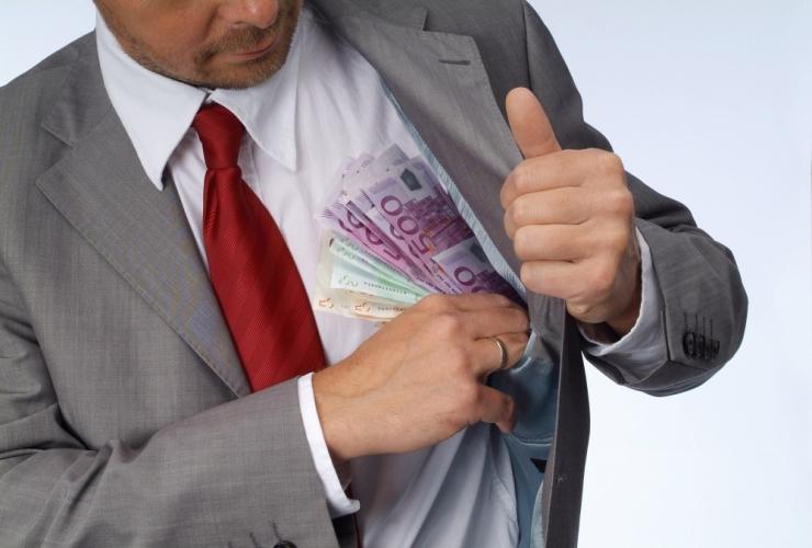 KORRUPTSIOON: Tallinna Sadam toetas sularahaga võimuerakondi