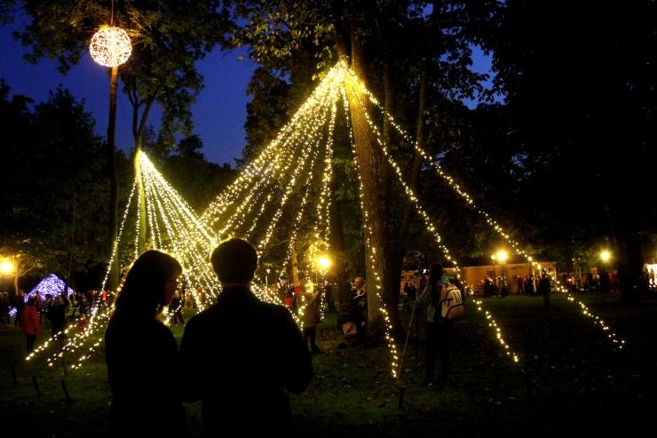 TÄNA! Tuhandete küünalde valgus lõpetab suve