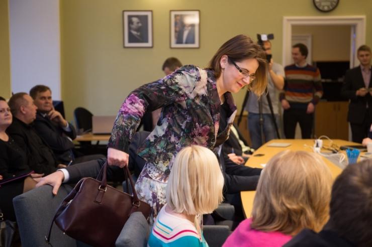 Võrdõigusvolinik Liisa Pakosta astus ametisse