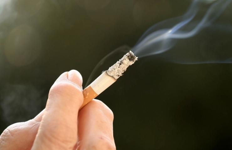 ÄRA ALUSTA! Üheksa suitsetajat kümnest soovib tubakast loobuda