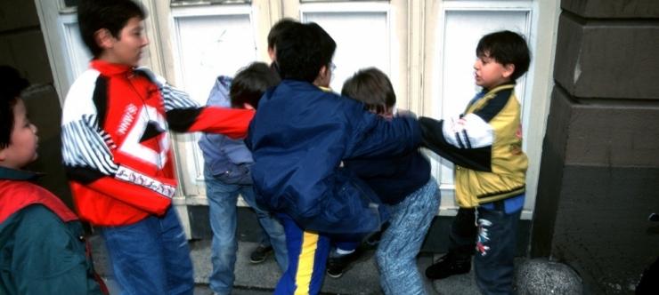 UURING: Eesti lapsed langevad Euroopas enim vihakuritegude ja kallaletungi ohvriks