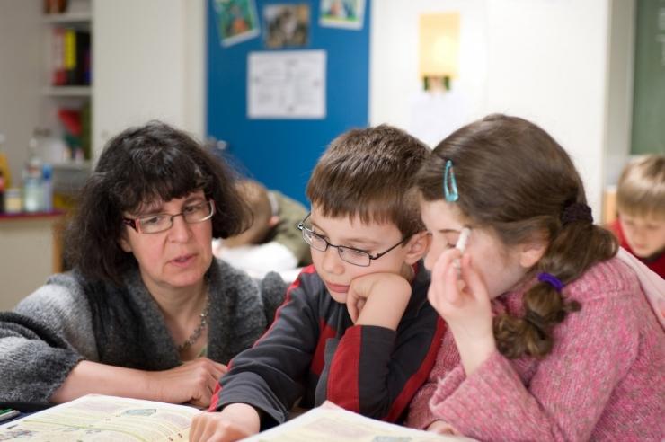 JÄRELEAITAMISTUND: Tallinn tõstab valitsuse eest ise õpetajate palka